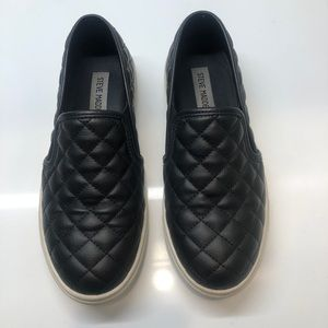 Steve Madden Quilted Black Girls 6.5M